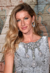Gisele Bundchen in Chanel Couture