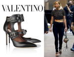 Jennifer Lawrence's Valentino 'Hitch On' Pumps