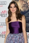 Hailee Steinfeld in Monique Lhuillier