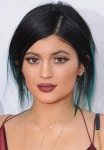 Get the Look: Kylie Jenner's AMAs Makeup