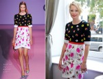 Elizabeth Banks In Andrew Gn - 'The Hunger Games: Mockingjay – Part 1' Press Conference