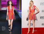 Elizabeth Banks In Peter Pilotto - 2014 American Music Awards