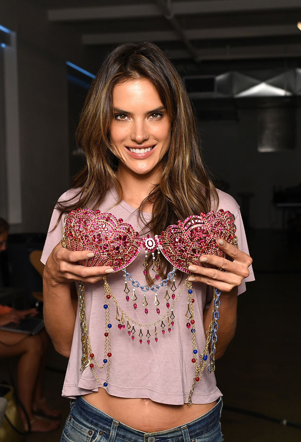 The 2014 Victoria S Secret Dream Angels Fantasy Bras Revealed Red Carpet Fashion Awards
