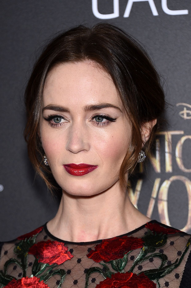 Emily Blunt Into The Woods World Premiere Red Carpet Fashion Awards