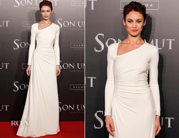 Olga Kurylenko In Ralph Lauren Collection - 'The Water Diviner' Istanbul Premiere