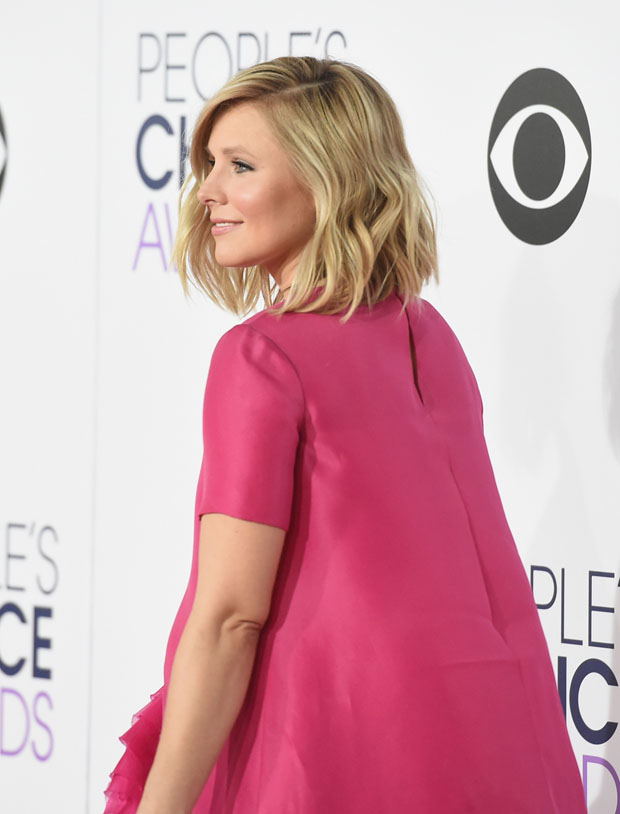 Kristen Bell 2015 Peoples Choice Awards Red Carpet Fashion Awards