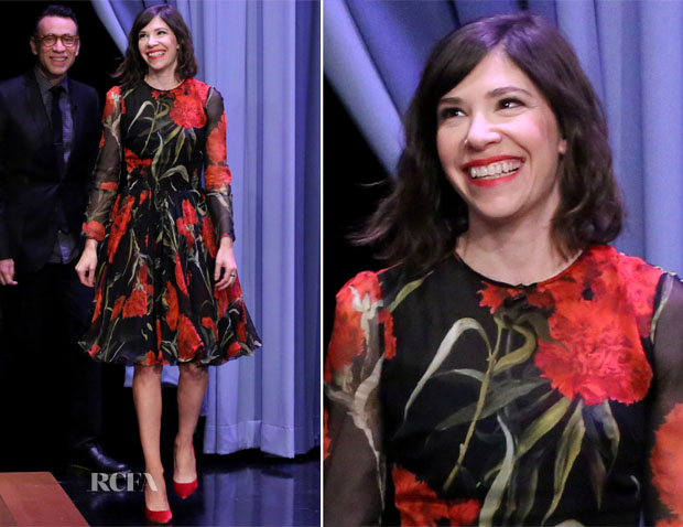 Carrie Brownstein In Dolce & Gabbana - The Tonight Show Starring Jimmy Fallon