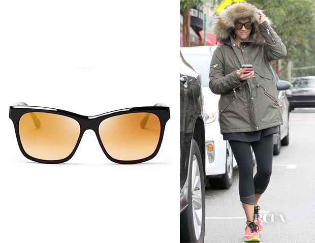 Reese Witherspoon's Elizabeth and James Park Mirrored Wayfarer Sunglasses