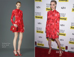 Amanda Seyfried In Valentino - 'While We're Young' New York Premiere