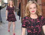 Elisabeth Moss In BB Dakota - Live with Kelly and Michael