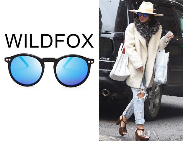 Vanessa Hudgens' Wildfox 'Steff Deluxe' Mirror Sunglasses
