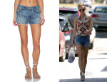 Kate Hudson's Candice Swanepoel + Mother 'Stunner Fray' Shorts