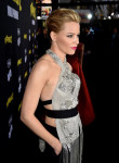 Elizabeth Banks in Marchesa