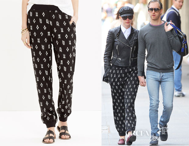 Anne Hathaway's Madewell Pull-On Track Pants1