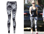 Reese Witherspoon's Sweaty Betty 'Chandrasana' Yoga Leggings