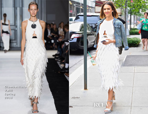 Jessica Alba In Giambattista Valli - Out In New York City