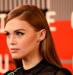 Holland Roden in Vivienne Tam