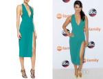 Priyanka Chopra's Cushnie et Ochs Plunging High-Slit Cady Dress
