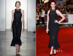 Anne Hathaway In Jonathan Simkhai - 'The Intern' London Premiere