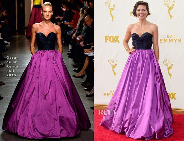 Maggie Gyllenhaal In Oscar de la Renta - 2015 Emmy Awards