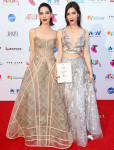 SYDNEY, AUSTRALIA - NOVEMBER 26:  Lisa and Jessica Origliasso from The Veronicas arrive for the 29th Annual ARIA Awards 2015 at The Star on November 26, 2015 in Sydney, Australia.  (Photo by Graham Denholm/Getty Images)
