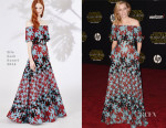 Elizabeth Banks In Elie Saab - 'Star Wars: The Force Awakens' LA Premiere