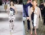Jessica Chastain In Stella McCartney - TVN Studios