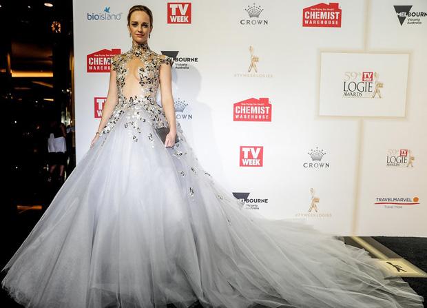 J\'Aton Couture - Red Carpet Fashion Awards