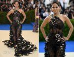 Halle Berry In Atelier Versace - 2017 Met Gala