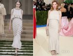 Leslie Mann In Chanel Couture - 2017 Met Gala