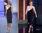 Hilary Duff In Cushnie et Ochs - Late Night with Seth Meyers
