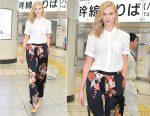 Karlie Kloss Sighting In Tokyo Wearing Equipment & Dries van Noten