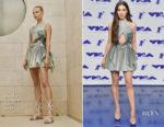 Hailee Steinfeld In Atelier Versace - 2017 MTV VMAs