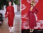 Beyonce Knowles In Valentino - Bruno Mars Concert