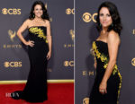 Julia Louis Dreyfus In Carolina Herrera - 2017 Emmy Awards