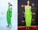 Mackenzie Davis In Delpozo - 2017 Emmy Awards