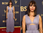 Rashida Jones In J. Mendel - 2017 Emmy Awards