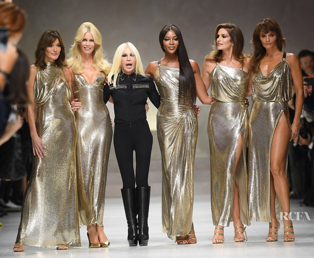 Supermodels pay tribute to Gianni Versace