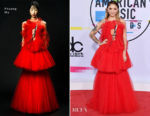 Julia Michaels In Phuong My - 2017 American Music Awards