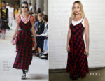 Margot Robbie In Miu Miu - Indie Contenders Roundtable
