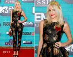 Pixie Lott In Dolce & Gabbana - 2017 MTV EMAs