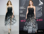 Jessica Chastain In Oscar de la Renta - 'Molly's Game' New York Premiere
