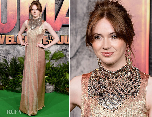 karen gillan in prada 39 jumanji welcome to the jungle 39 london premiere red carpet fashion awards. Black Bedroom Furniture Sets. Home Design Ideas