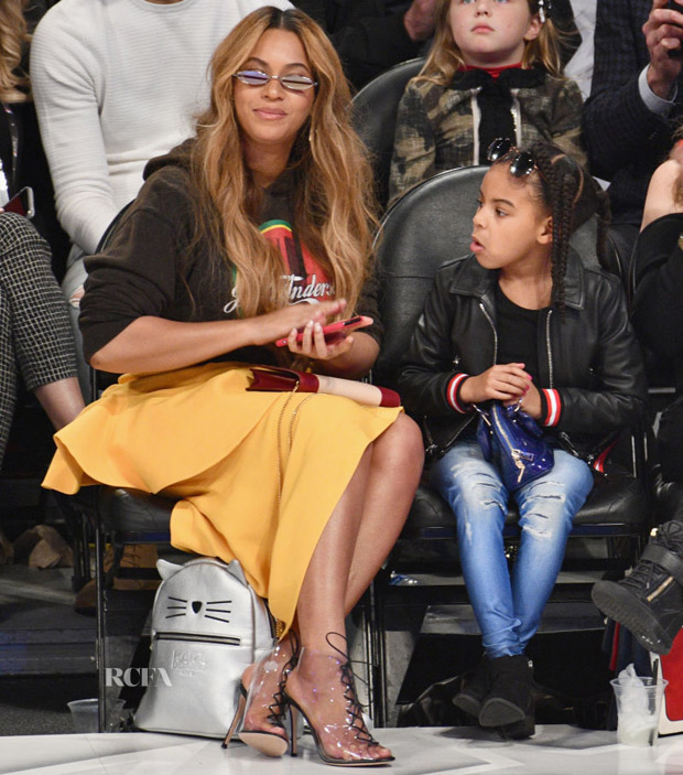 Beyonce Knowles In Jacquemus & JW Anderson - NBA All-Star Game