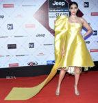 Sonam Kapoor In Hyun Mi Nielsen - HT Most Stylish Awards 2018
