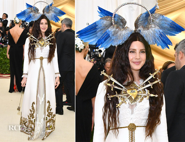 Lana Del Rey In Gucci 2018 Met Gala Red Carpet Fashion Awards