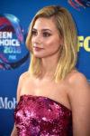 Lili Reinhart In Monique Lhuillier - 2018 Teen Choice Awards