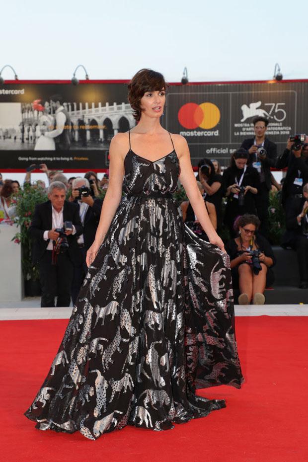Paz Vega In Carolina Herrera – 'Roma' Venice Film Festival ...