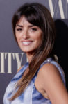 Penelope Cruz In Chanel - Vanity Fair Personality Of The Year Gala