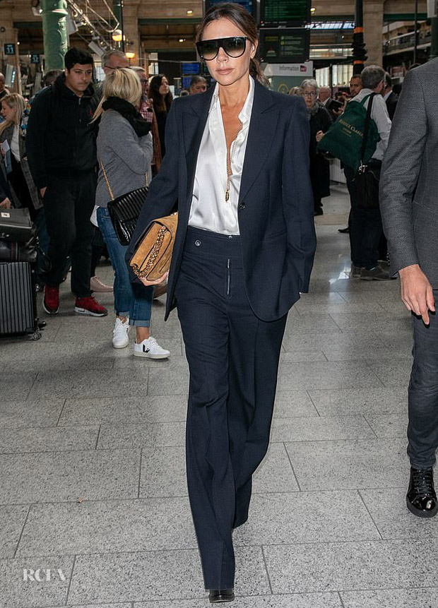 Victoria Beckham Boards The Eurostar In Style